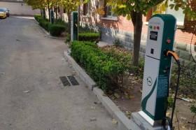 在自有停车位建充电桩可直接向电网企业申请用电